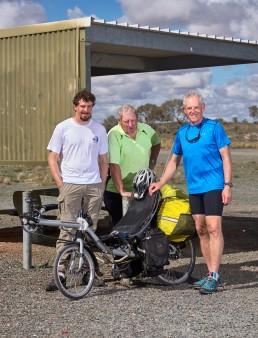 Joseph, David et Steve - Tarcoonginna Rest Area - De Adelaîde à Darwin - Stuart Highway